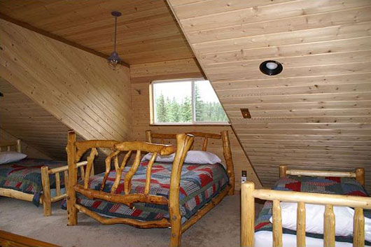 small cabin decorating ideas and design plans04 small cabin - Cabin Interior Design Ideas