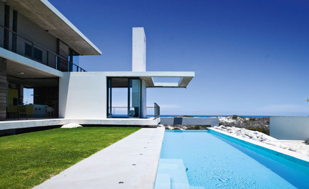 Ocean view house in yzerfontein south africa 1 for Best houses in south africa pictures