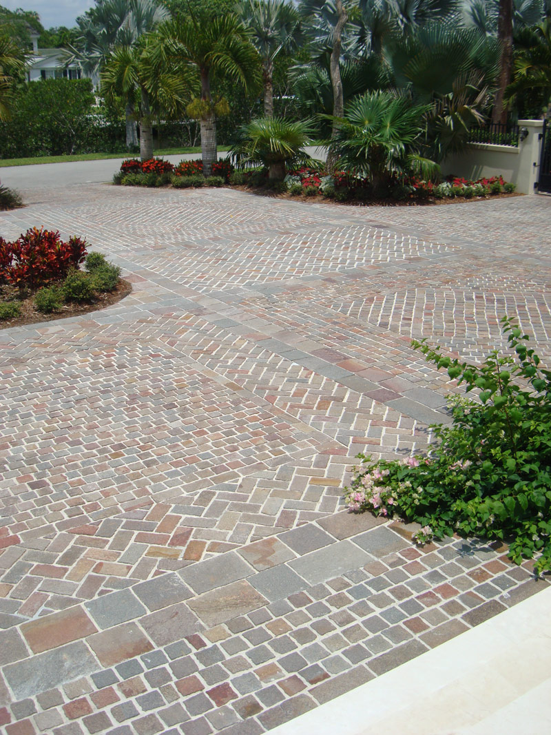 Landscaping idea Natural Stone Bright Color 5