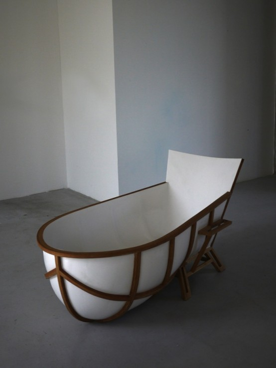 Unusual Bathtub