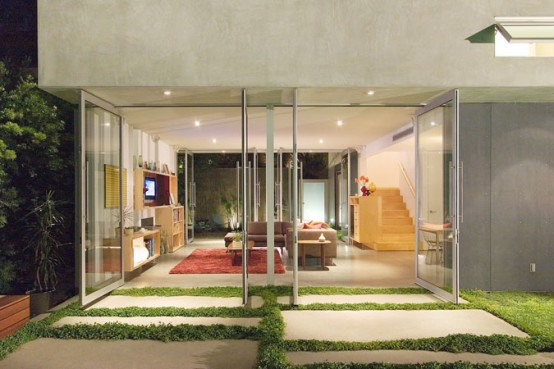 residence with cool terrace
