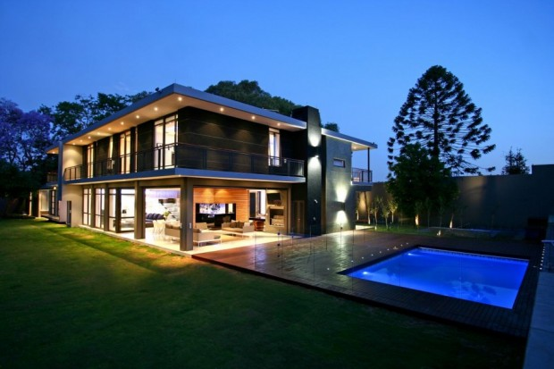 Astounding Villa Design Residence In Johannesburg By Design Partnership Largest Home Design Picture Inspirations Pitcheantrous