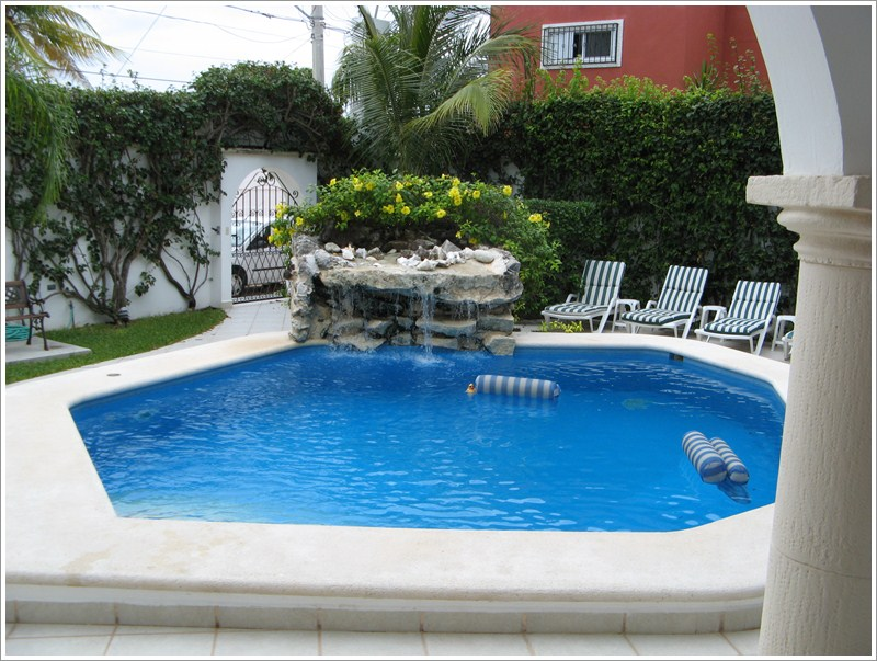 Swimming Pool Decoration Ideas Fountains
