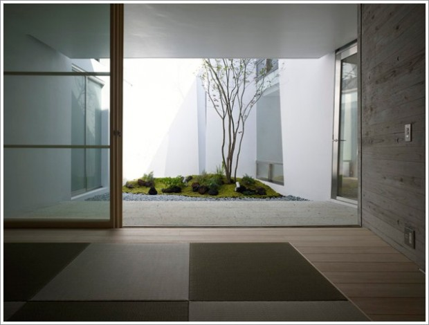 Design your own interior japanese garden for Japanese indoor design