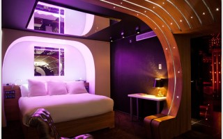 007 Suite at Seven Hotel