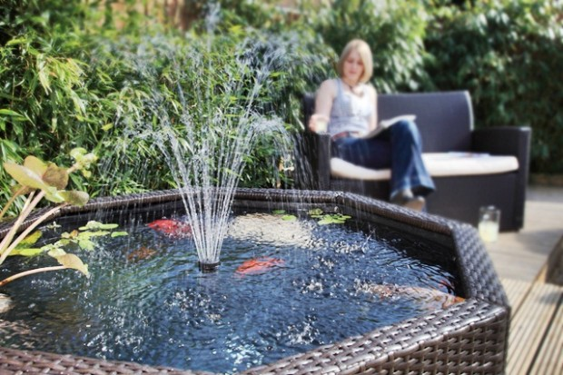 Garden water features backyard landscaping ideas for Garden feature ideas