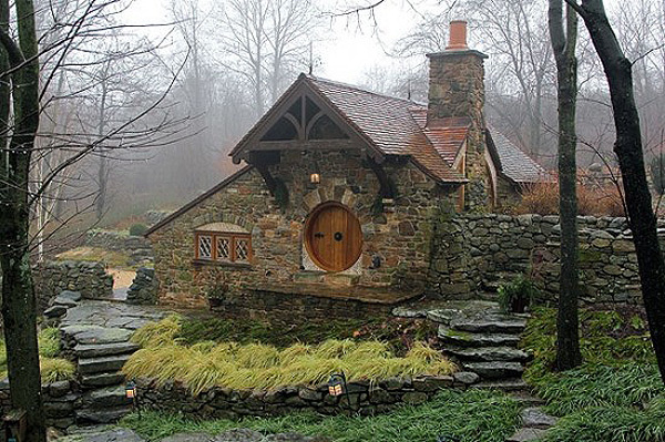 Custom Hobbit house in Pennsylvania (2)