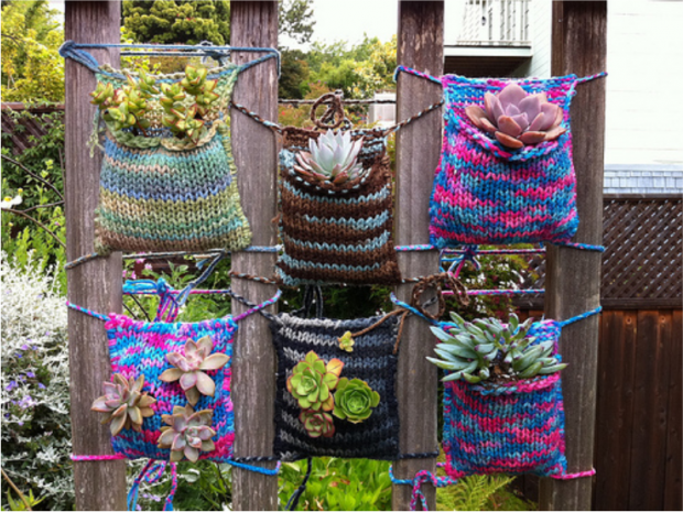 Knitting pockets for vertical garden