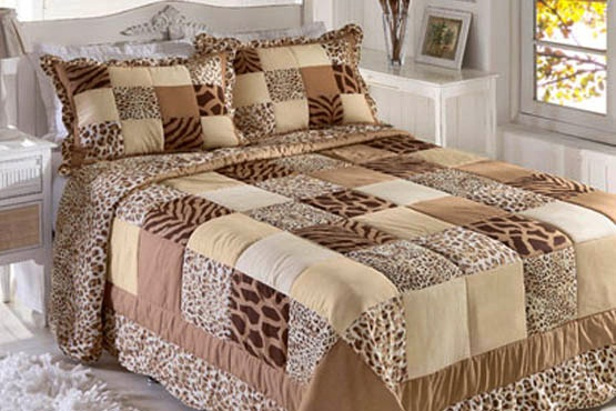 bed cover with animal prints